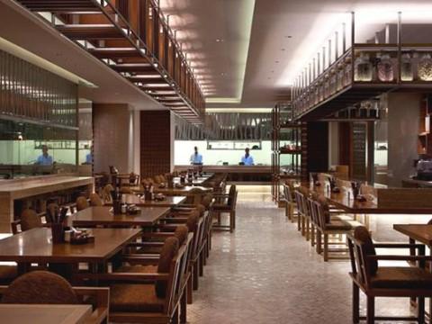 SHERATON HOTEL & SPA , NHA TRANG . VIETNAM – STEAM  N' SPICE